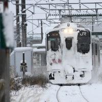 冬のローカル線 701系