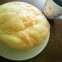 朝ご飯は、シロクマのパン