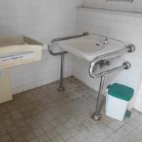 男女別型(誰でも用付設)トイレ-1の5