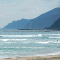 11月16日の日本海の波