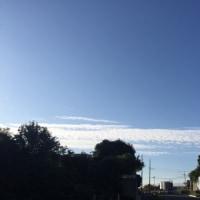 まっすぐな雲