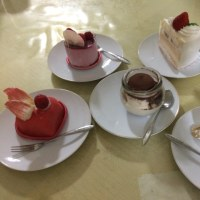 色とりどりのケーキ