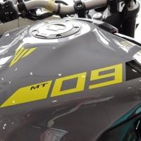 MT-09の新色<グレー>