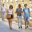 マルタ留学FAQ 通学カバンや学校に必要な物は?