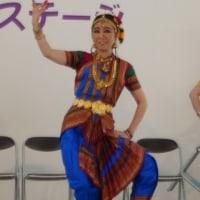 エミ・マユーリ&インド舞踏団