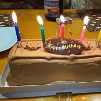 ケーキと花束と…