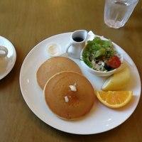 モーニングはカフェ・リトルパインさんへ。Cafe Littlepine