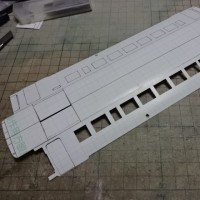キハ40の工作(紙5) 窓抜き