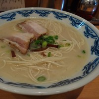 江東区大島駅 濃厚豚骨ラーメン 由丸(よしまる) 大島店 替え玉無料