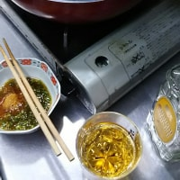 夜食は うどんと糸コンに豆腐とえのきをポン酢で。