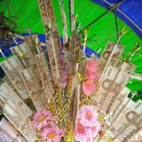 メーチェムのお寺へタンブンの旅