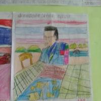 リョウイチ亡き、国王陛下の肖像画を描く