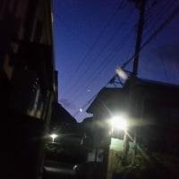 明け方、月と金星の接近