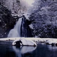 冬の法体の滝