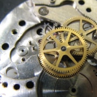 スイス製の昔の手巻き時計とセイコー自動巻き時計を修理しました