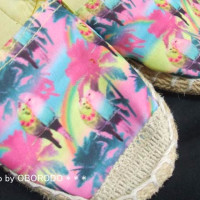 ステキなインコの靴。とてもピンク