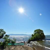 琵琶湖の波打ち際