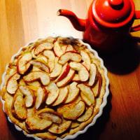りんごスイーツ① りんごと玉ねぎのタルト