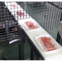 イオンが食品加工ロボ 精肉盛り付けなど自動化 人手不足にらむ