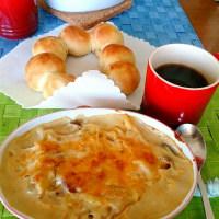 休日ブランチ・簡単パンと熱々グラタン