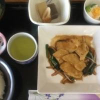 5月18日の 日替り定食(550)は、チキンソテー、ニンニク生姜ソース です。