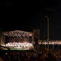 モンテヴィデオの夜のポシートス・ビーチ