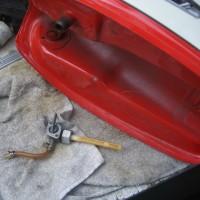燃料コックの修理