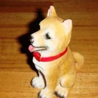 犬のフィギュアーの着色