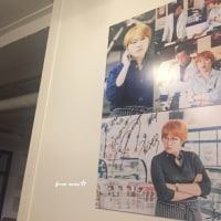 クォン・サンウ チェ・ガンヒ 「推理の女王」 cafeknockに素敵なサインパネル~'パネル製作して俳優さんたちにサインを受けたのを壁に掛けて置く'