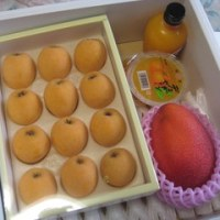 枇杷とマンゴーが届きました!