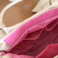 【2回目投稿】「母の日バッグプレゼント」ポーチ付きエナメルバルーンバッグ
