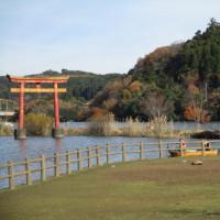 亀山湖で昼食