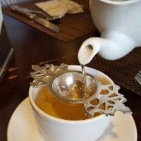 本日日曜日営業中(^O^)「ロチャンティー」のお茶をホカホカ試飲できますよ~!