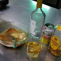昼のおでんをあてに、ワイン、クリアアサヒ今はホットウイスキー
