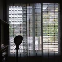 織機のパンチングカードカーテン