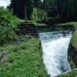 上市川から取水→円筒分水槽→上市川下流の左岸と右岸の農地に配水(2)・・・上市町