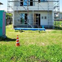 良い家を造って売りたい!プロジェクト 『 2FがLivingの家 』。⌂Made in 外房の家。クロス工事に入りました!