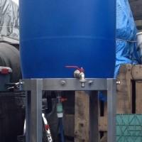 高架水槽型雨水貯留タンク 水を高いところにためておくことで水圧を確保することができます。
