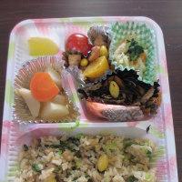吉永北地区福祉推進会 小学生と一緒に配食を行いました