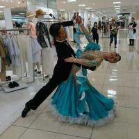 船橋東武百貨店で踊りました!