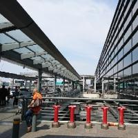 上海虹橋空港にて