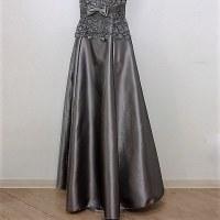 ロングドレス191 演奏会 結婚式 パーティードレス レースがゴージャスなロングドレス 刺繍