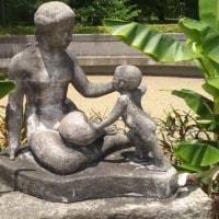 京都の美女 母子像