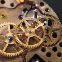 オメガ婦人物の自動巻き時計を修理です