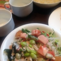 野菜all you can eat方式。ランチ  1000円ぴったり
