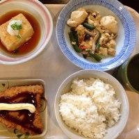 小倉北区西港町の「華さん食堂」