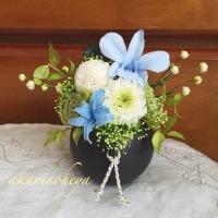 ブルーの仏花
