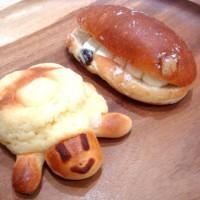 パンのカブトで『カメロンパン』購入!