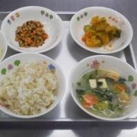 今日も南瓜や黄粉もちなど大好きな献立がありますからしっかり食べてくれます。