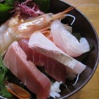 久しぶりの海鮮丼